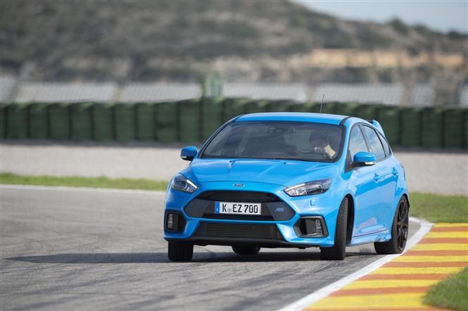 Ford Focus RS - best cheap fast cars