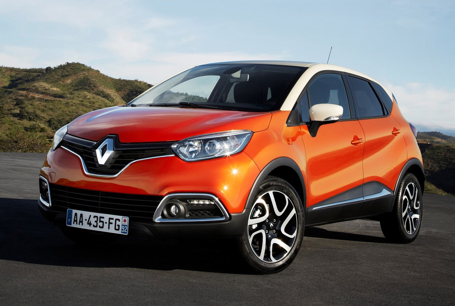 Renault Captur - cheap family cars