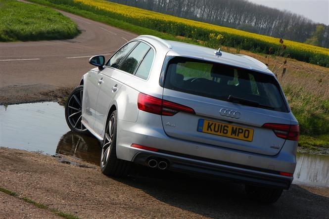 Audi A4 Avant engine rear