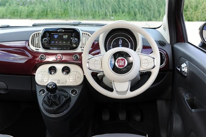 Fiat 500 - which version should you buy?   Parkers