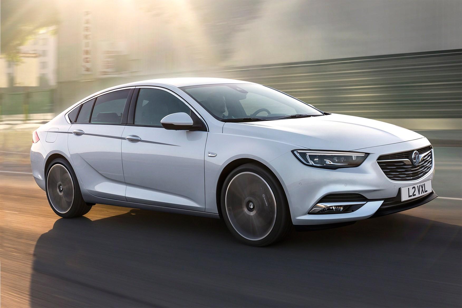 Vauxhall Insignia Grand Sport - best cars 2017