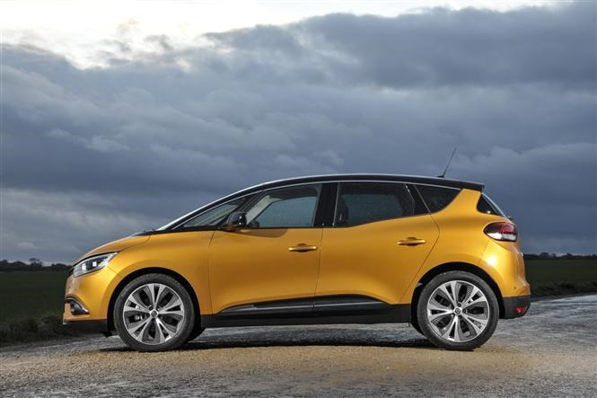 Renault Scenic is one of Thatcham's top 10 safest cars of 2017