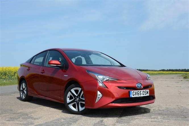 Toyota Prius is one of Thatcham's top 10 safest cars of 2017