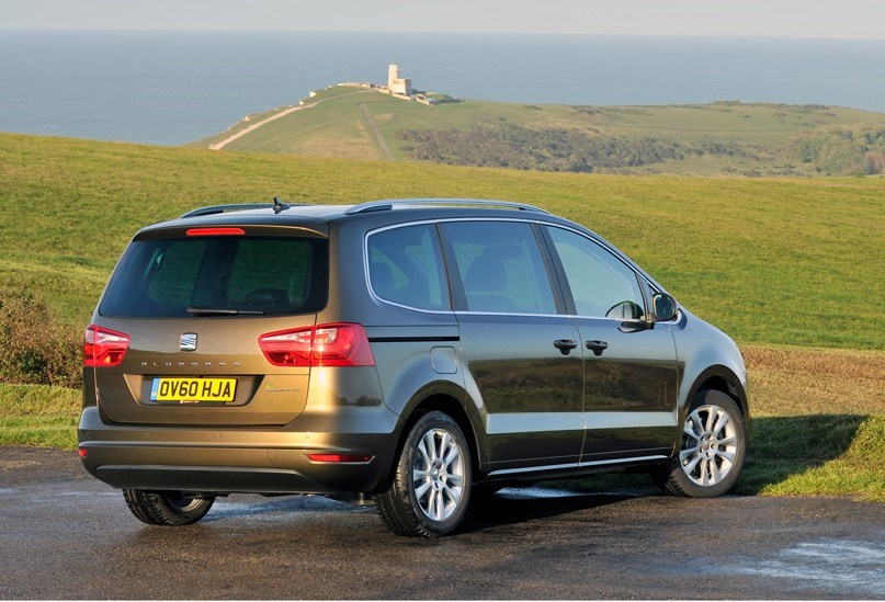 Cars for twins and a toddler - SEAT Alhambra