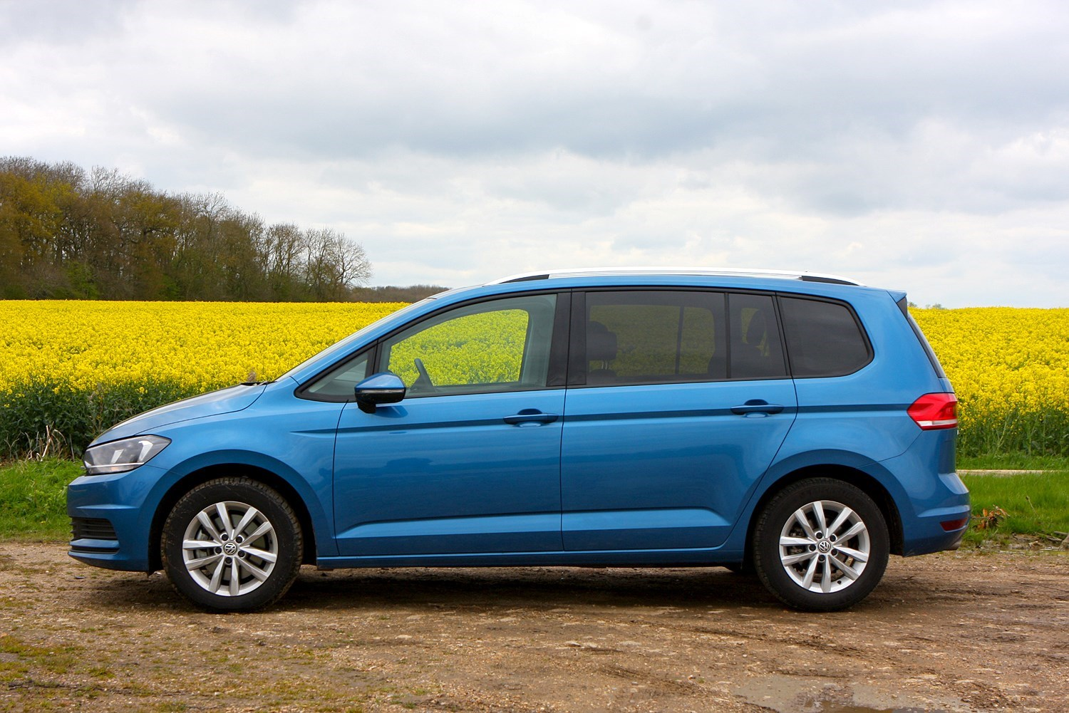 Cars for twins and a toddler - VW Touran
