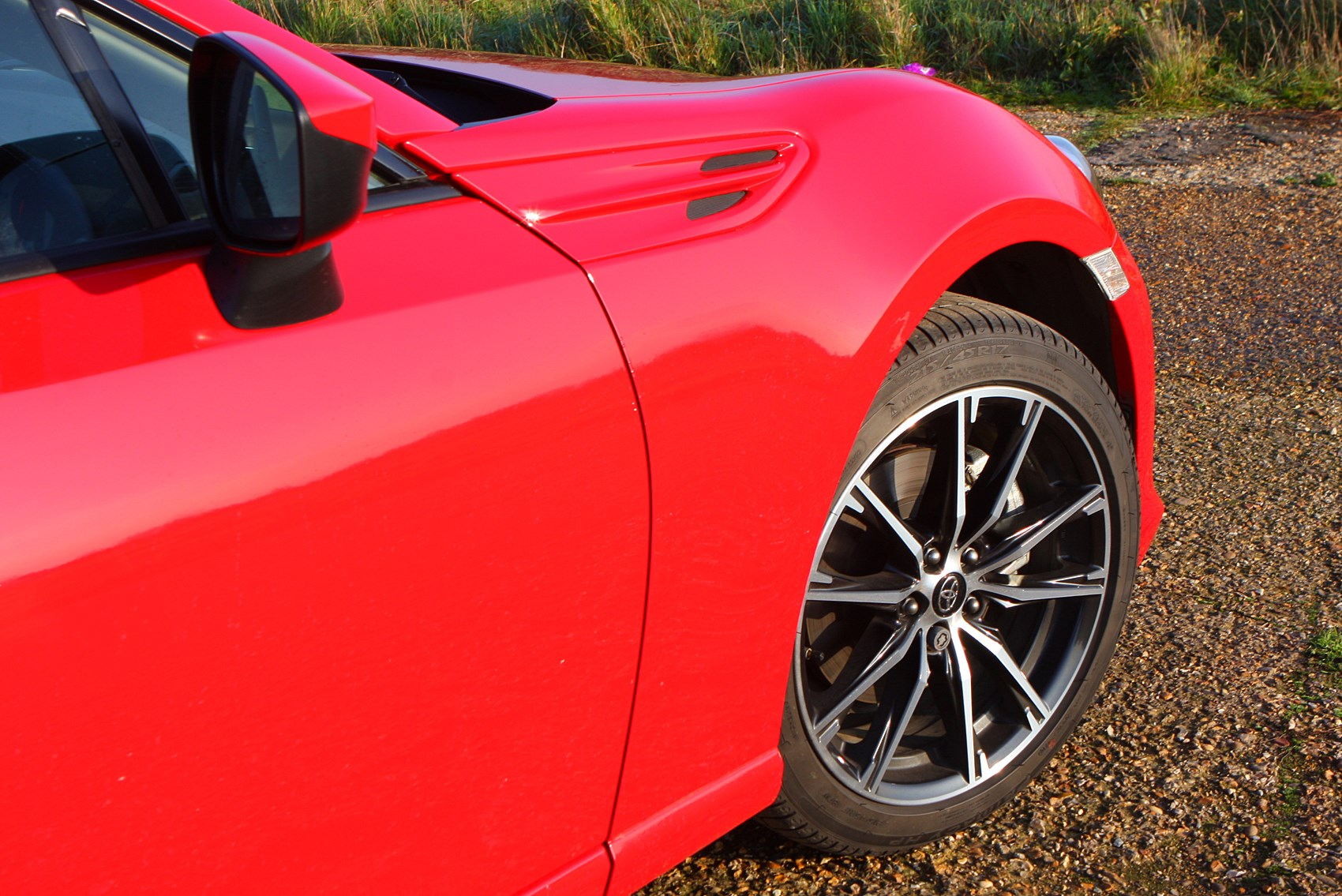Toyota GT86 alloy wheel with smaller tyres