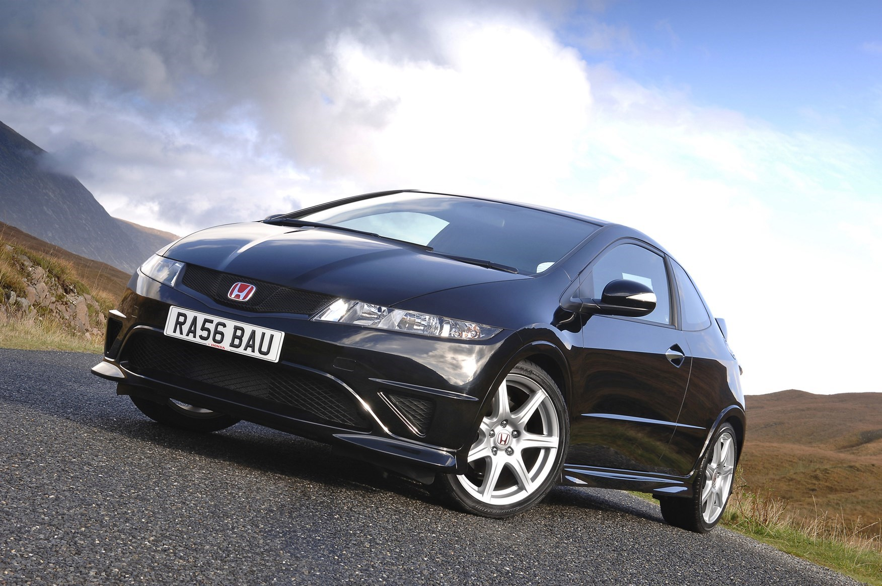 Honda Civic Type R - used hatchbacks for less than £4k