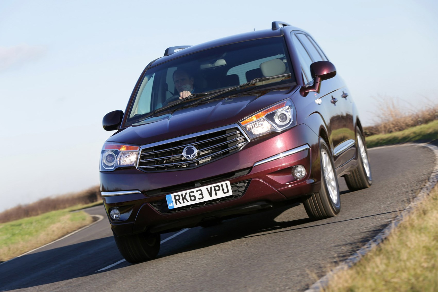 SsangYong Turismo - best towing cars reviews
