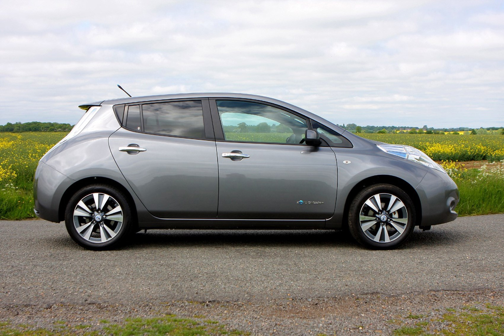 Nissan Leaf - best electric cars