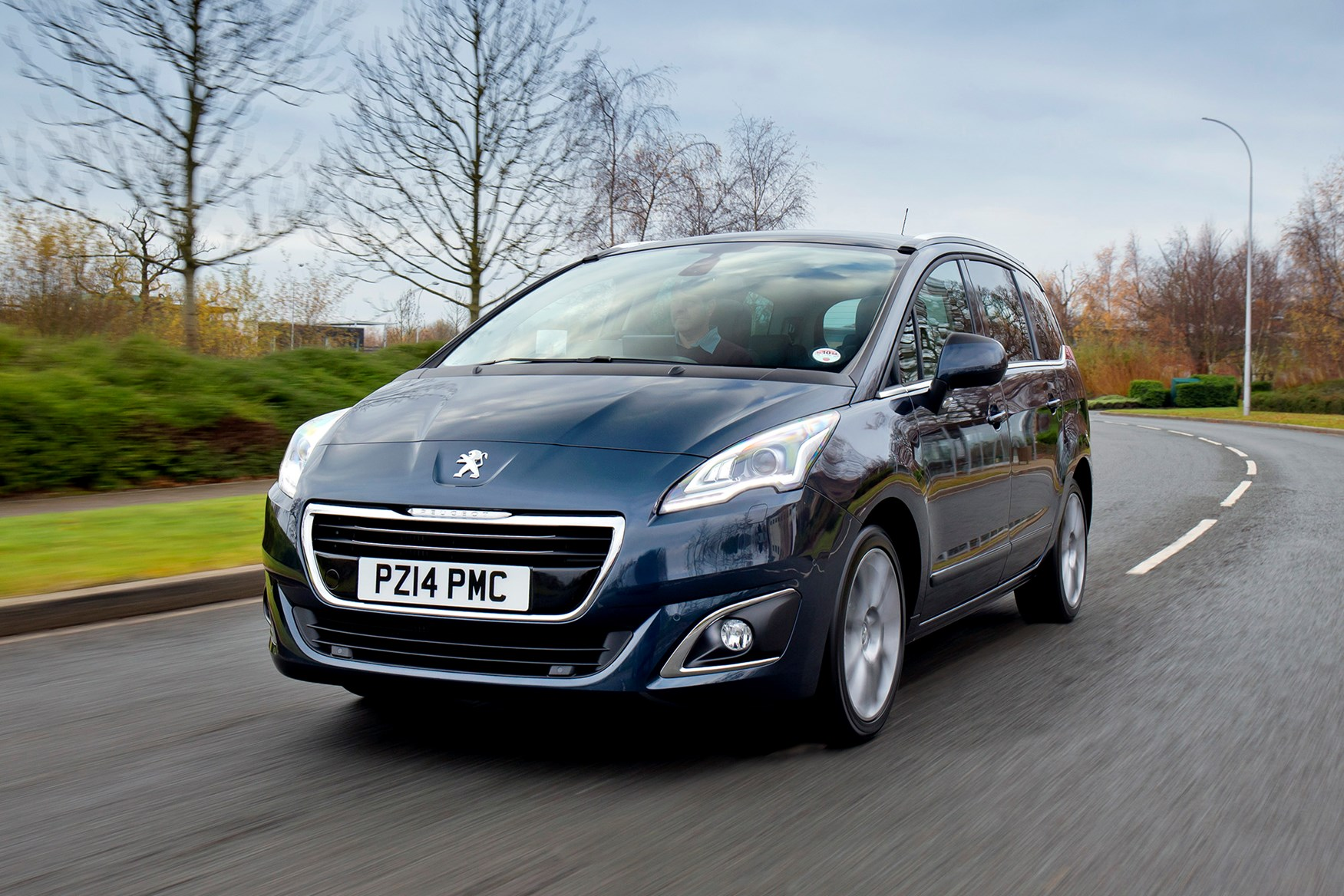 The best cheap family cars - Peugeot 5008