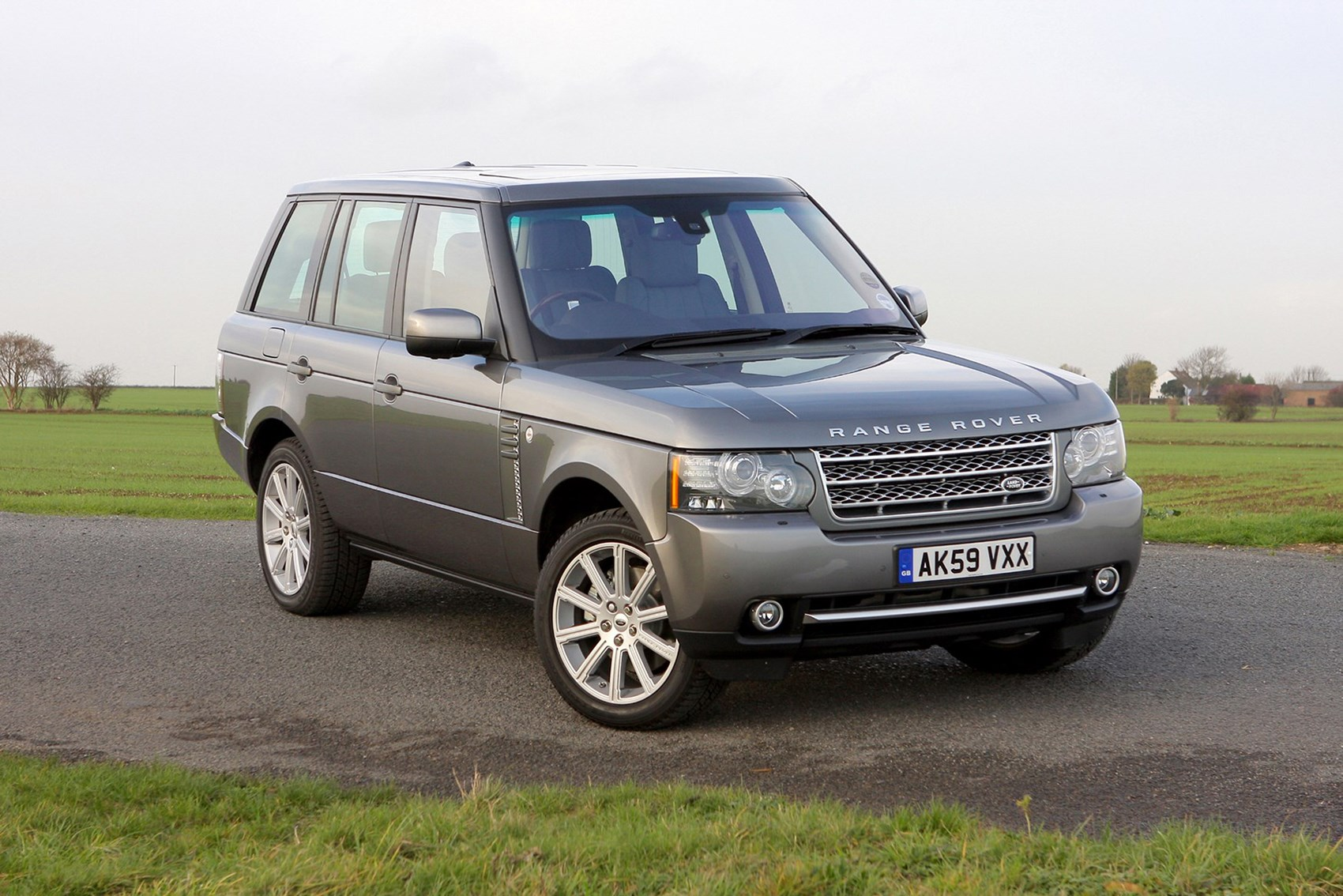 Range Rover - luxury cars for less than £10k