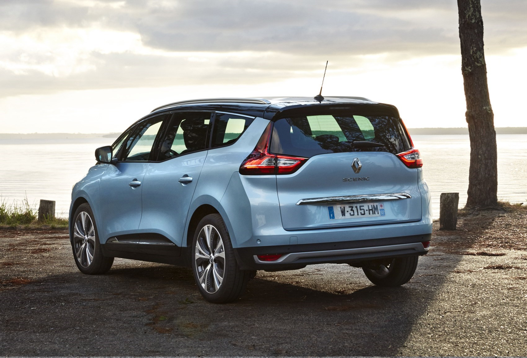 Renault Grand Scenic - safest seven-seaters