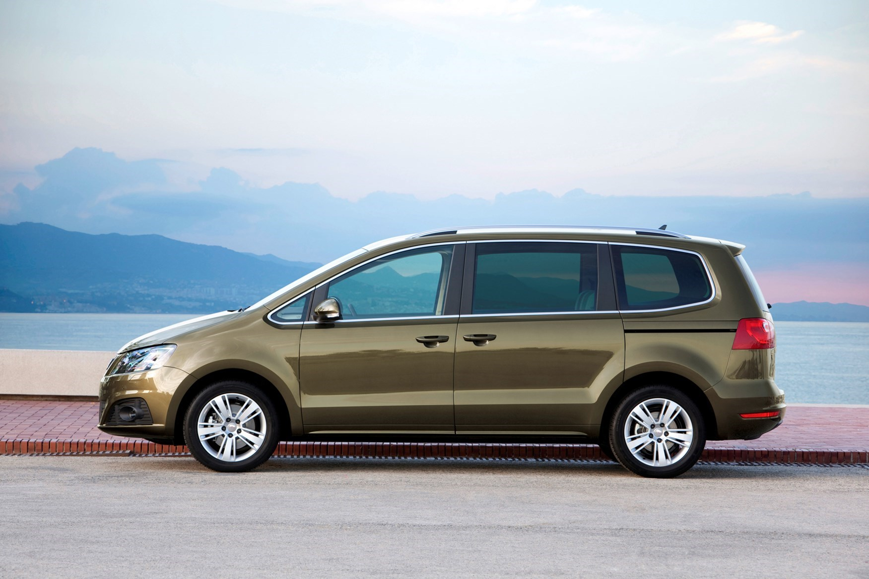 SEAT Alhambra - safest seven-seaters