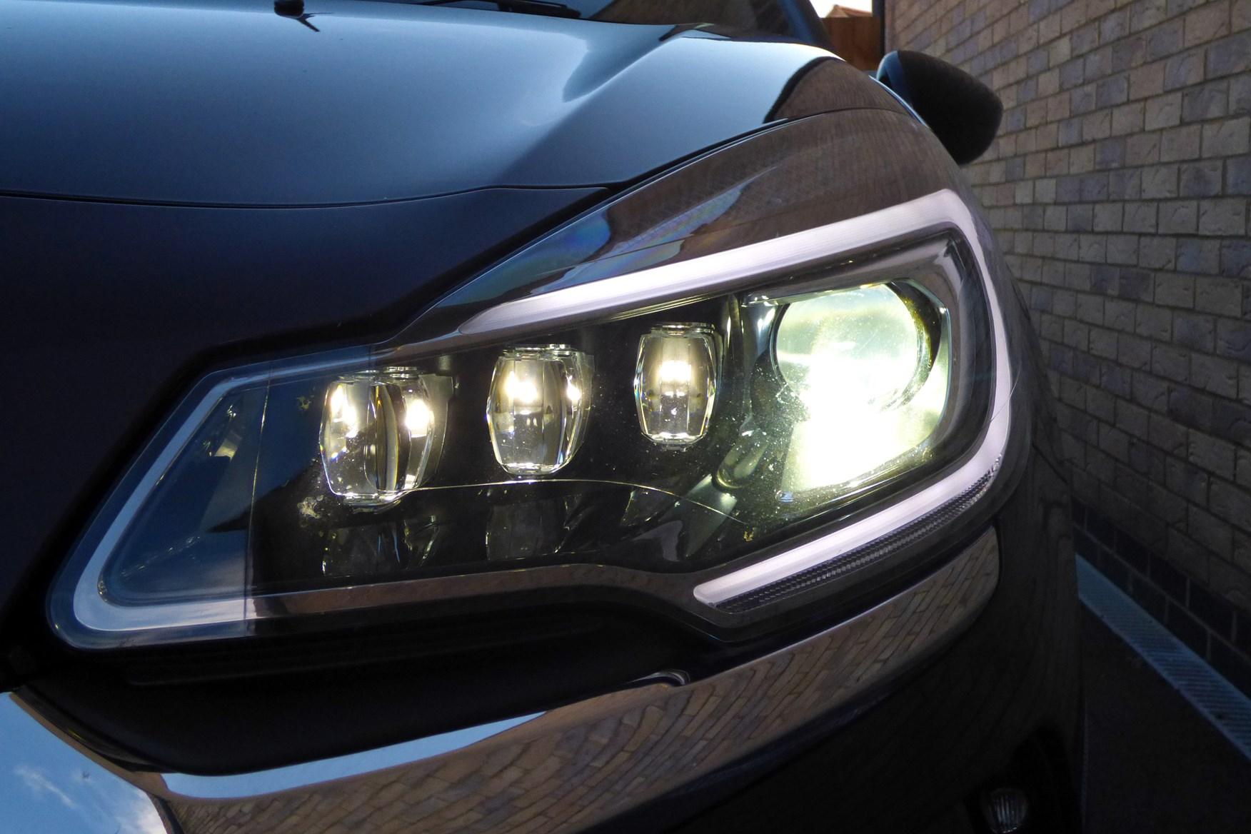 DS 3 LED headlight option