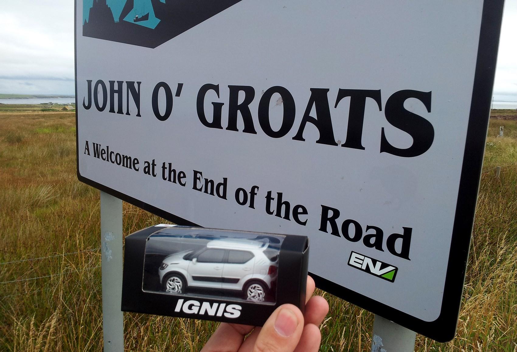 Suzuki Ignis model at JOG sign