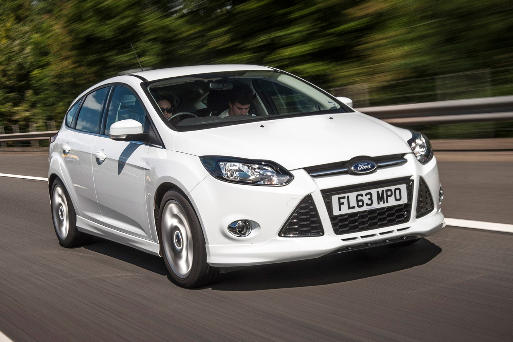 focus cars looking used cardiff great ford wales ss s white our zetec