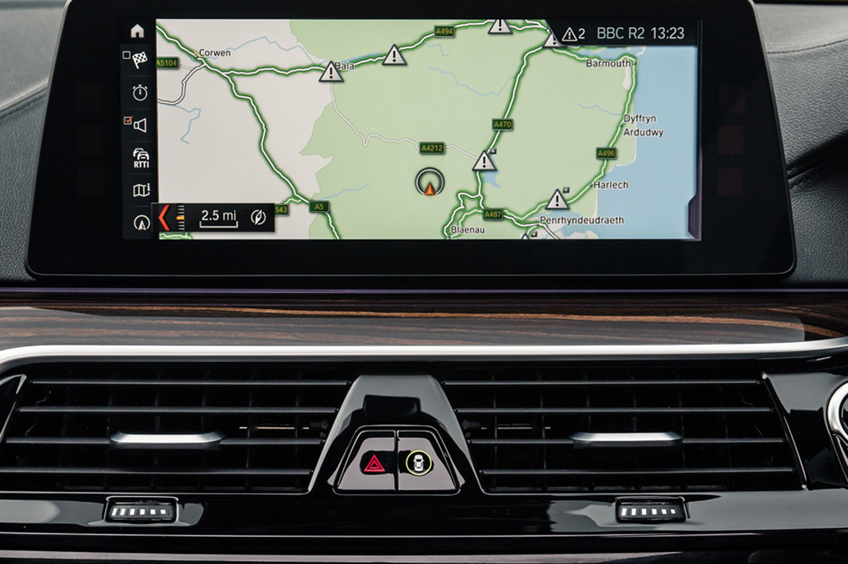 The iDrive multimedia system as seen in the BMW 5 Series that we're expecting in the 2018 3 Series