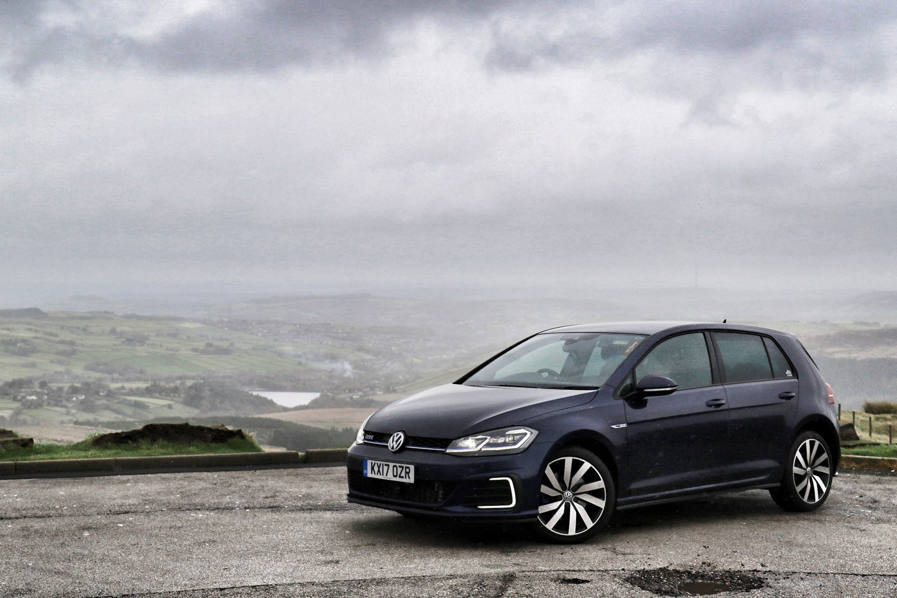Disregard The Times We Drove The Golf To The Lake District Or Cotswolds And  That Figure Improves To 51mpg, Thanks To The High Proportion Of  Fully Charged ...