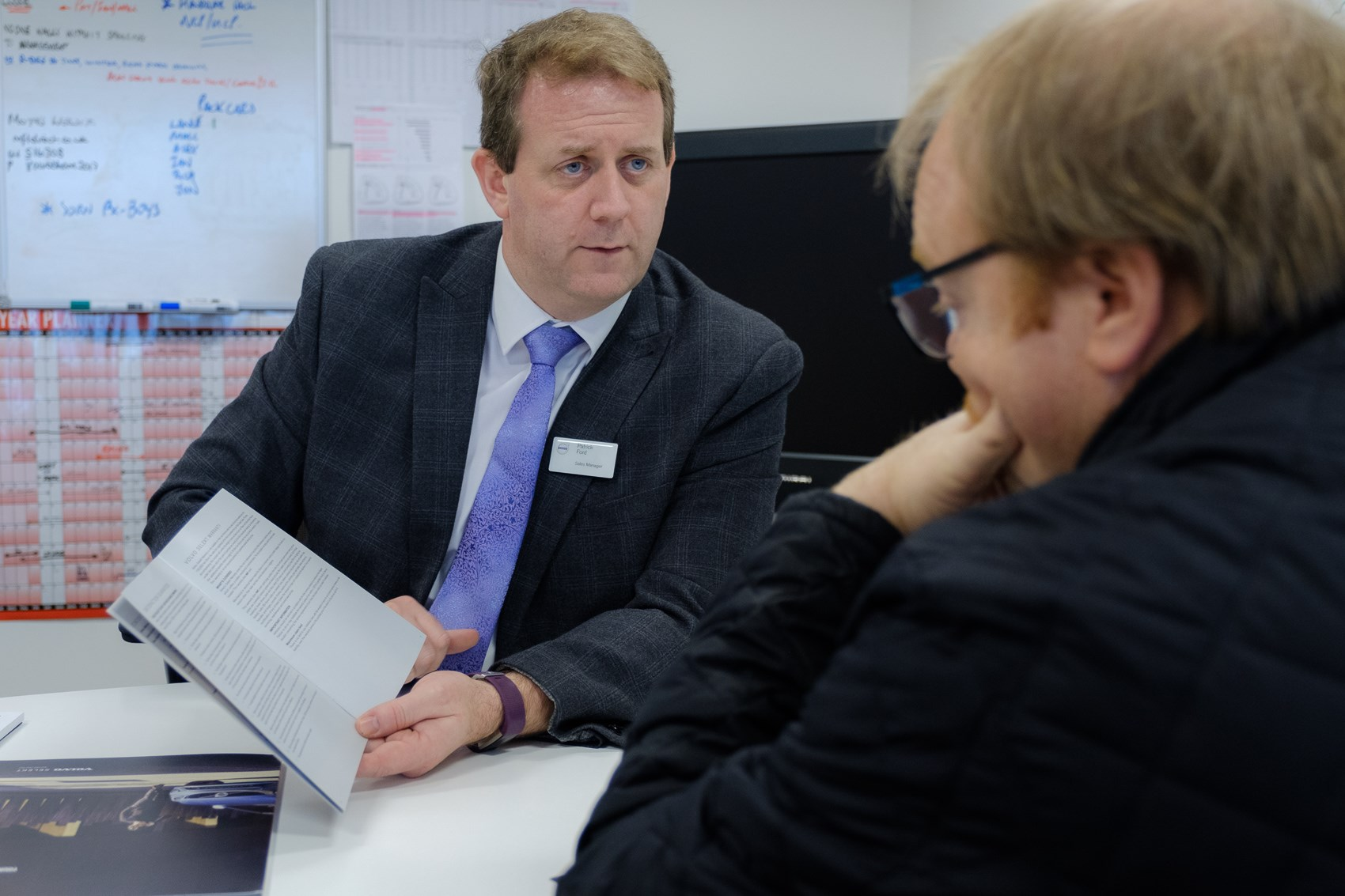 Patrick Ford of Paul Rigby Volvo explains the Selekt programme to Parkers Editor Keith Adams