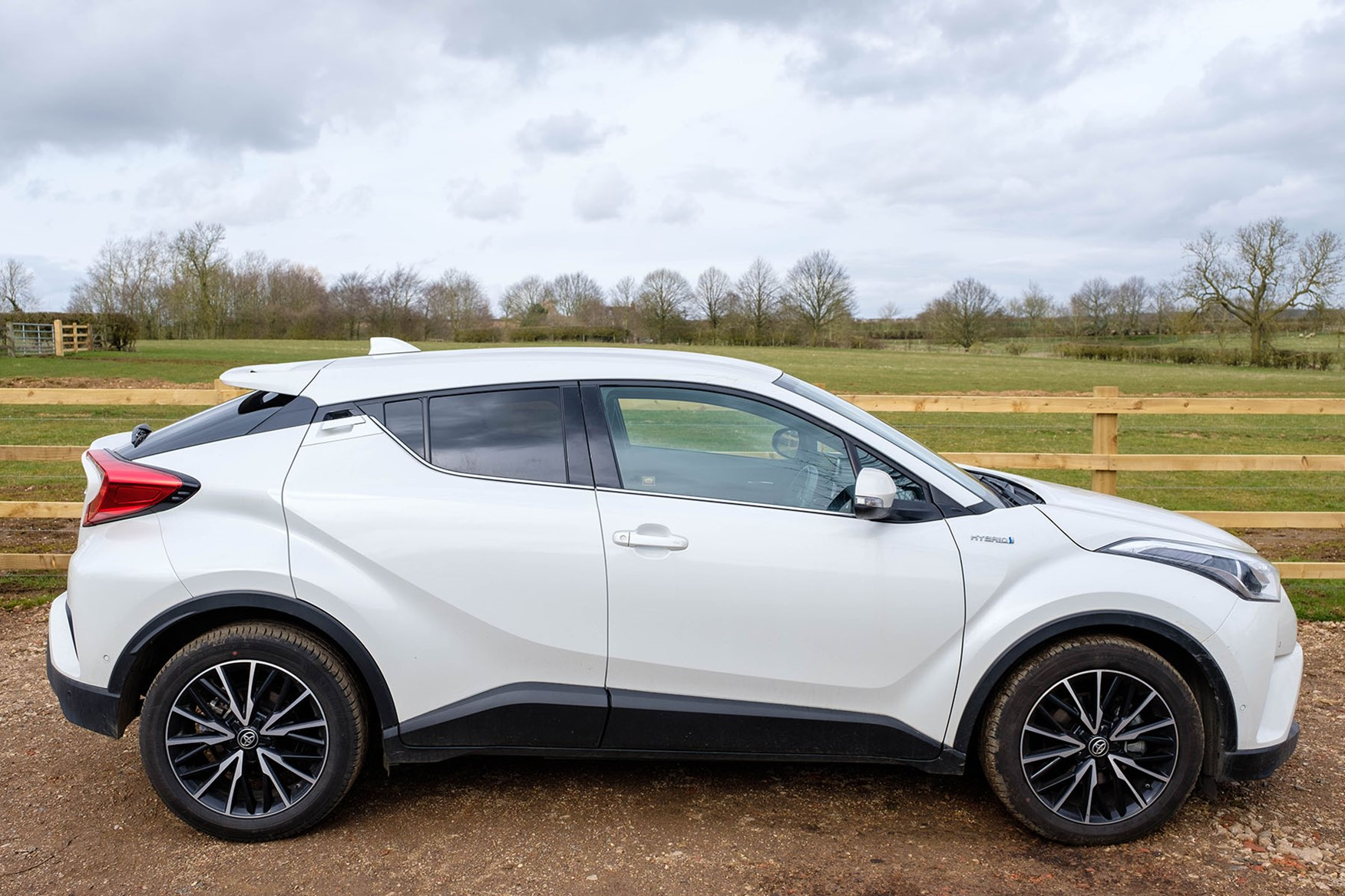 2017 Toyota C-HR Side View - white, Excel Hybrid