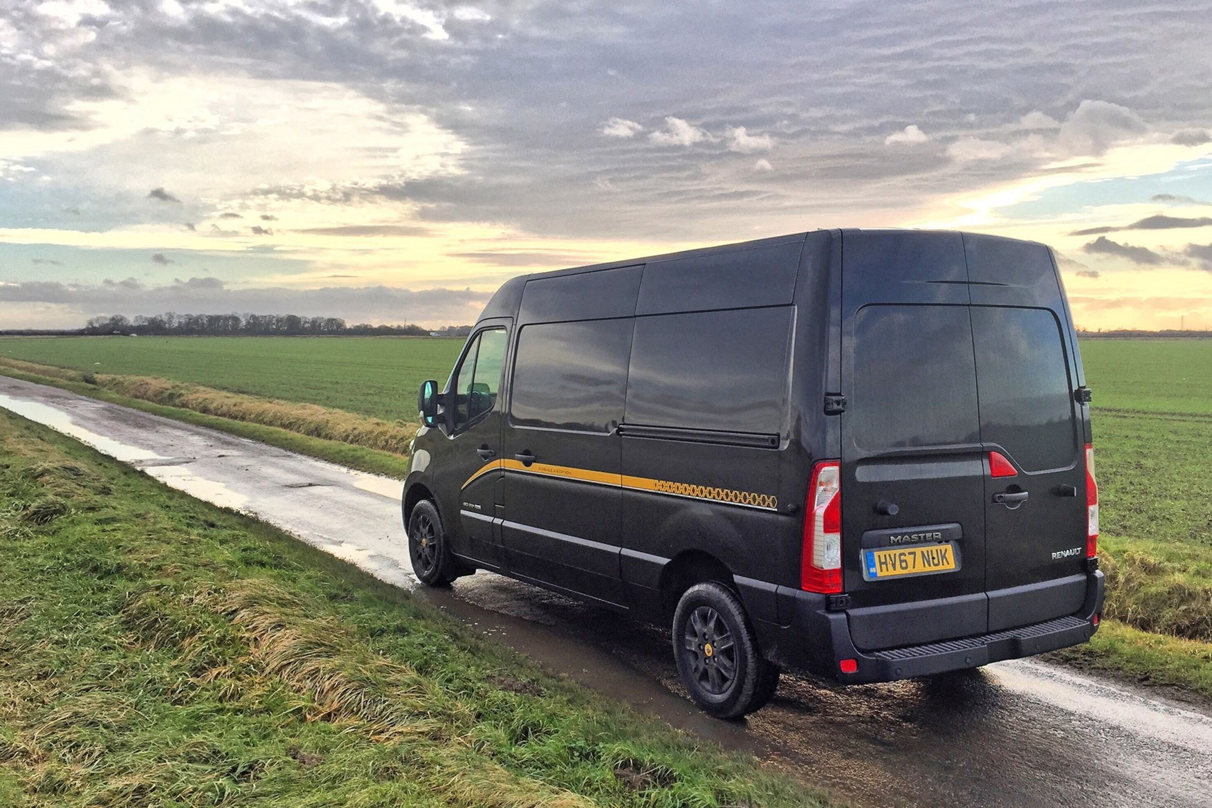 Renault Master Formula Edition review - rear view