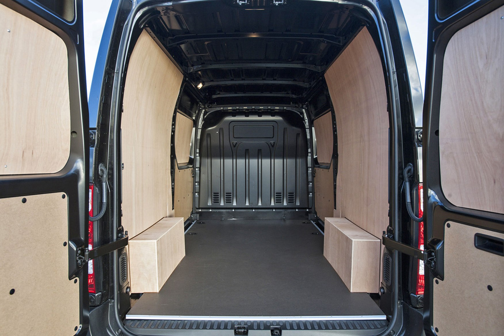 Renault Master Formula Edition review - load area