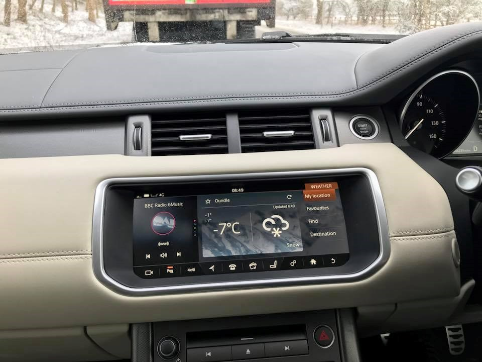 Range Rover Evoque HSE Dynamic Weather app
