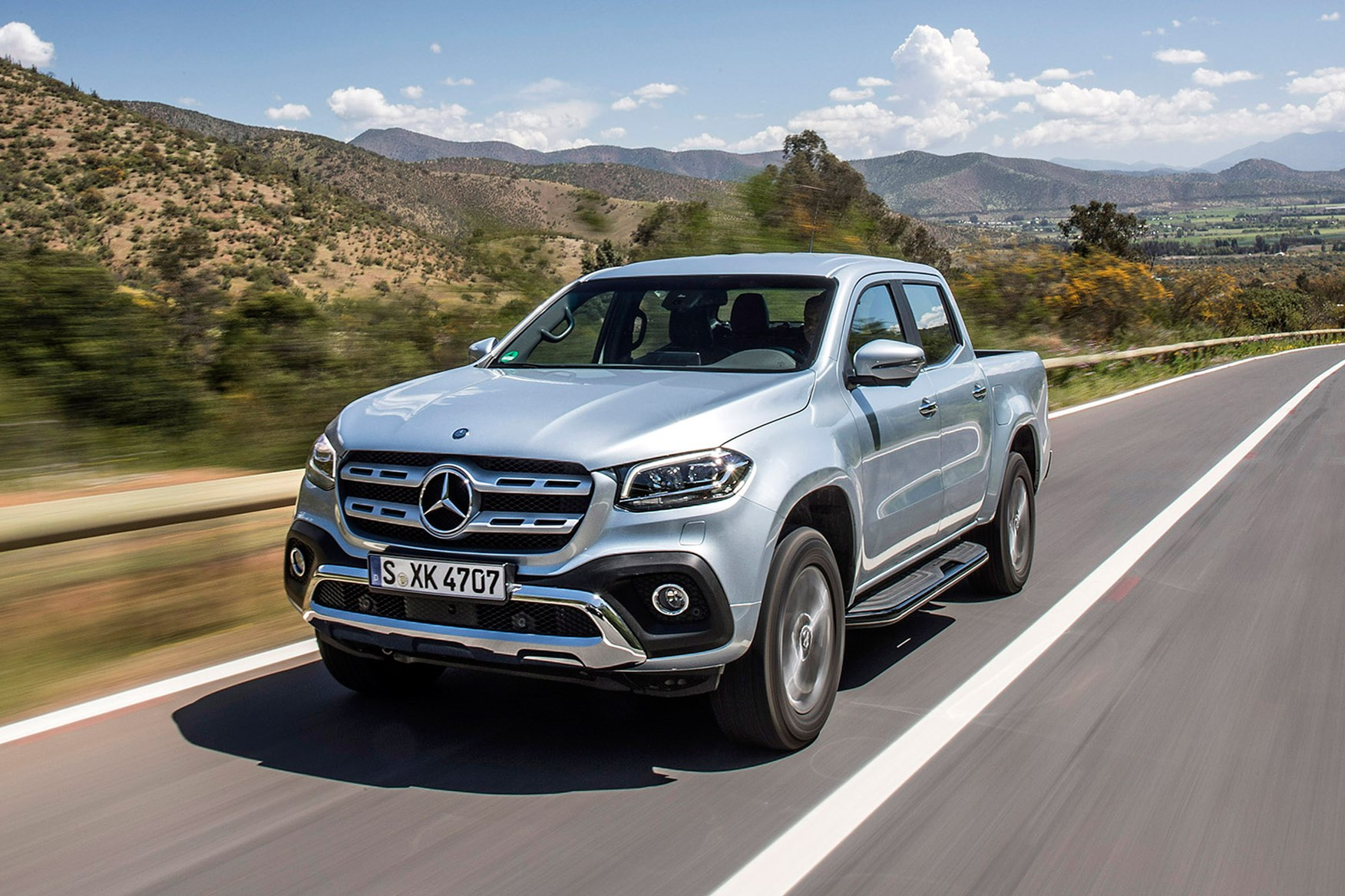 Mercedes-Benz X-Class full review on Parkers Vans - on the road