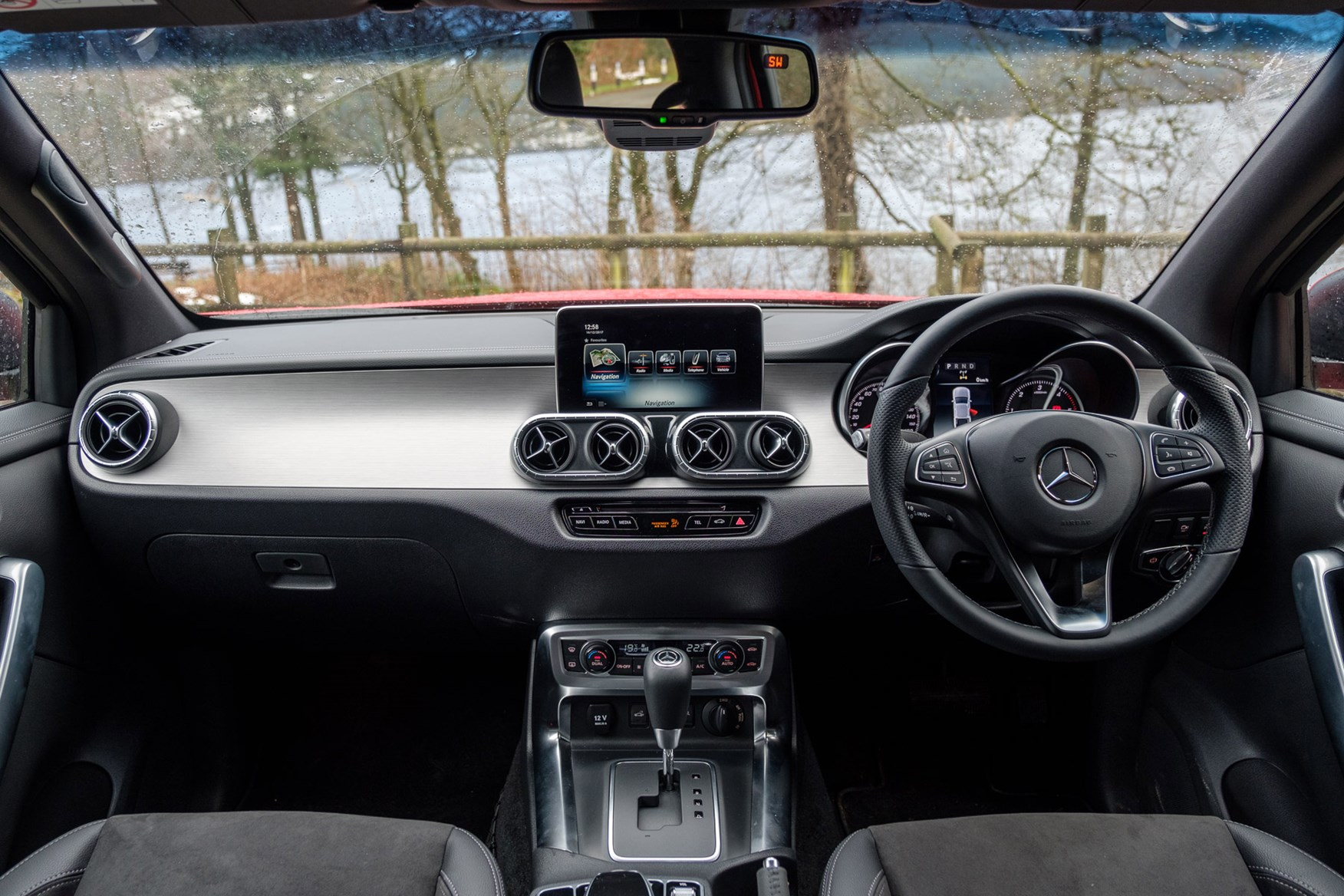 Mercedes-Benz X-Class full review on Parkers Vans - cabin
