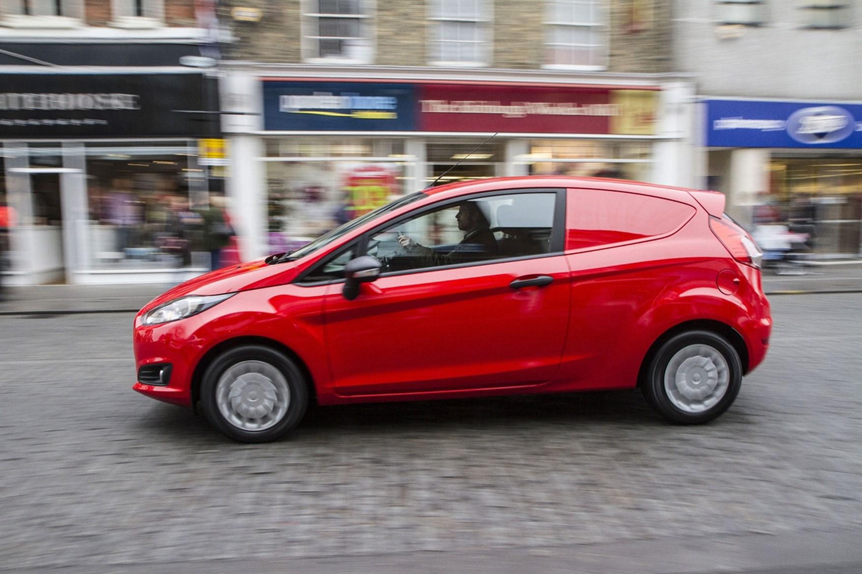 Ford Fiesta Van (2009-2017) driving experience