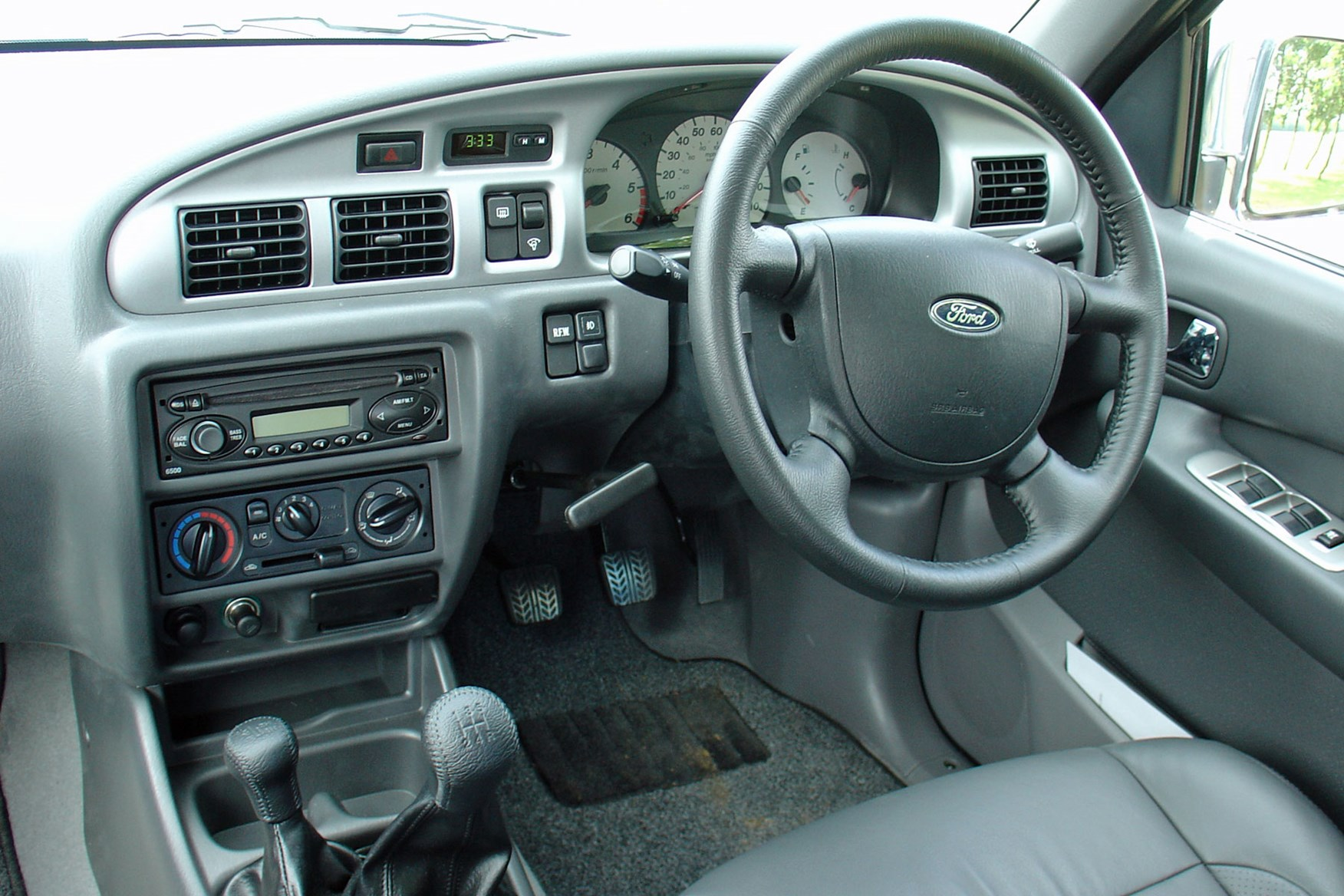 Ford ranger 1999 2006 cab interior