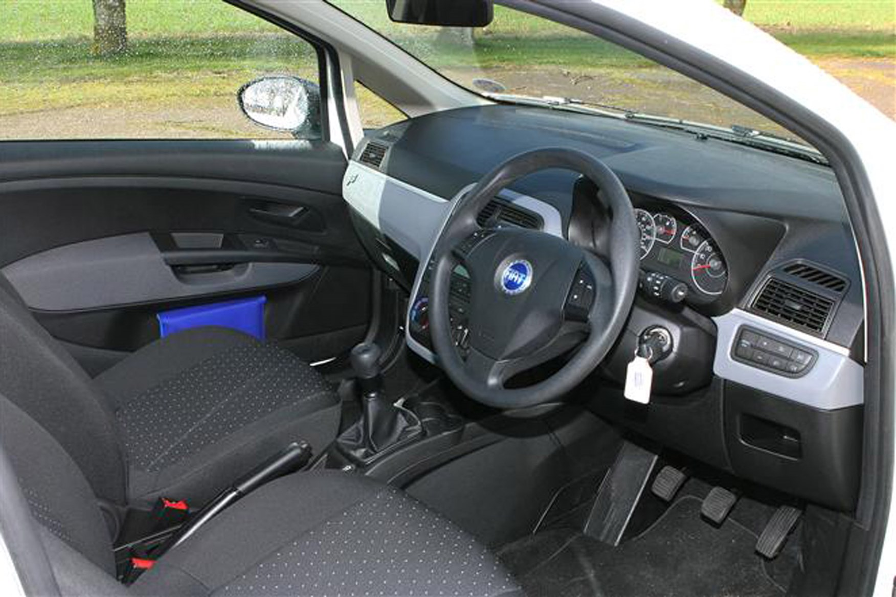 Fiat Grande Punto review on Parkers Vans - interior