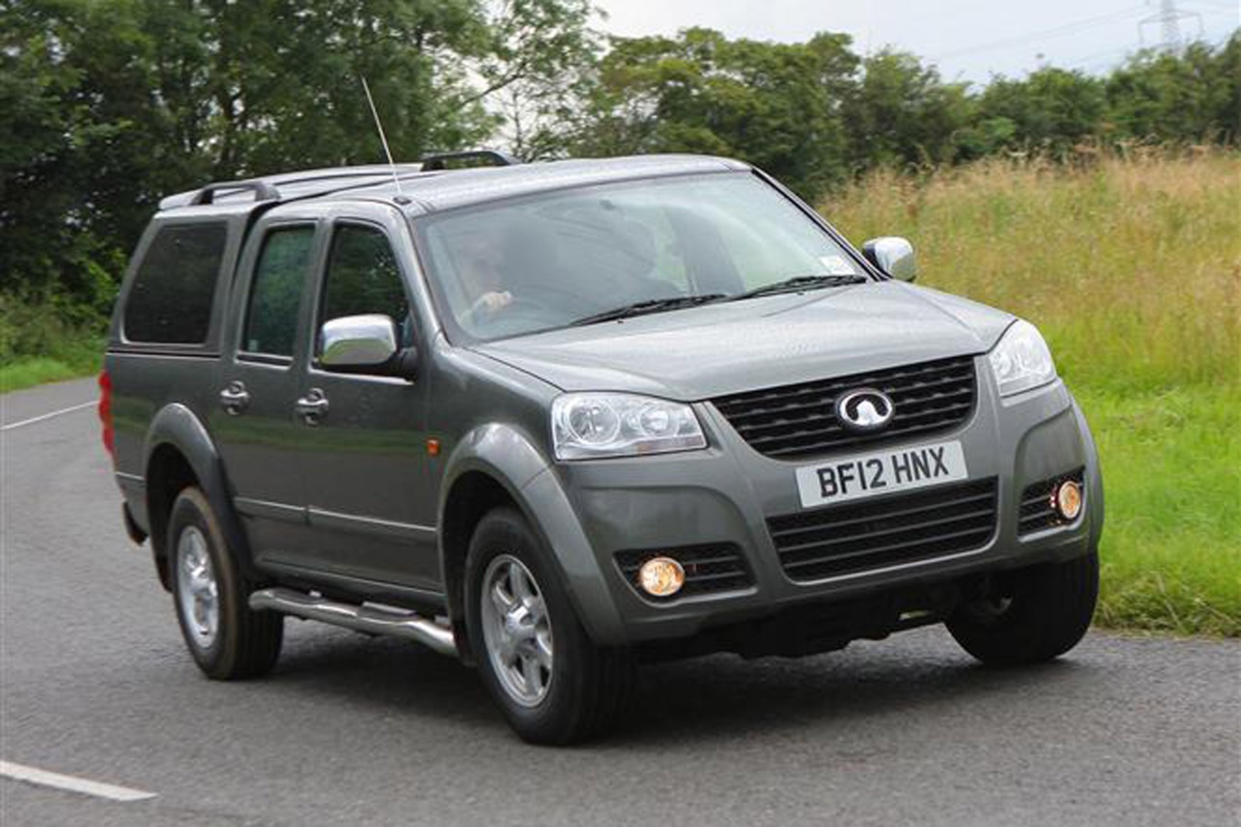 Great Wall Steed full review on Parkers Vans - on the road