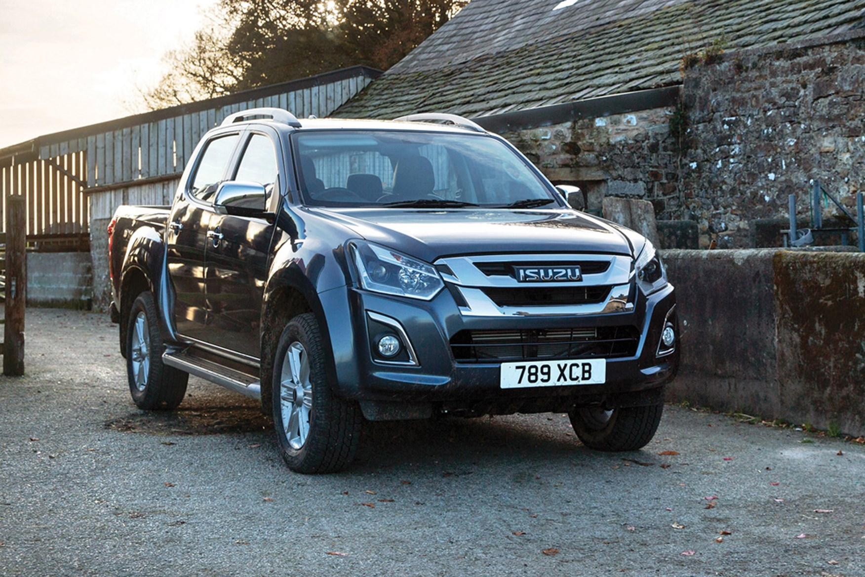 Isuzu D-Max full review on Parkers Vans - exterior