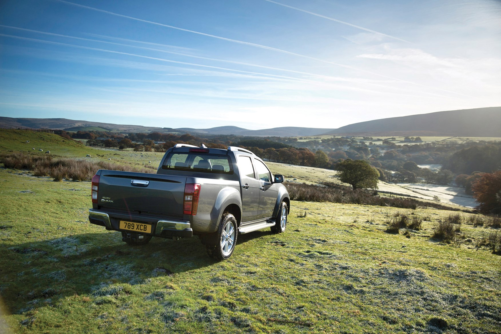 Isuzu D-Max full review on Parkers Vans - rear exterior