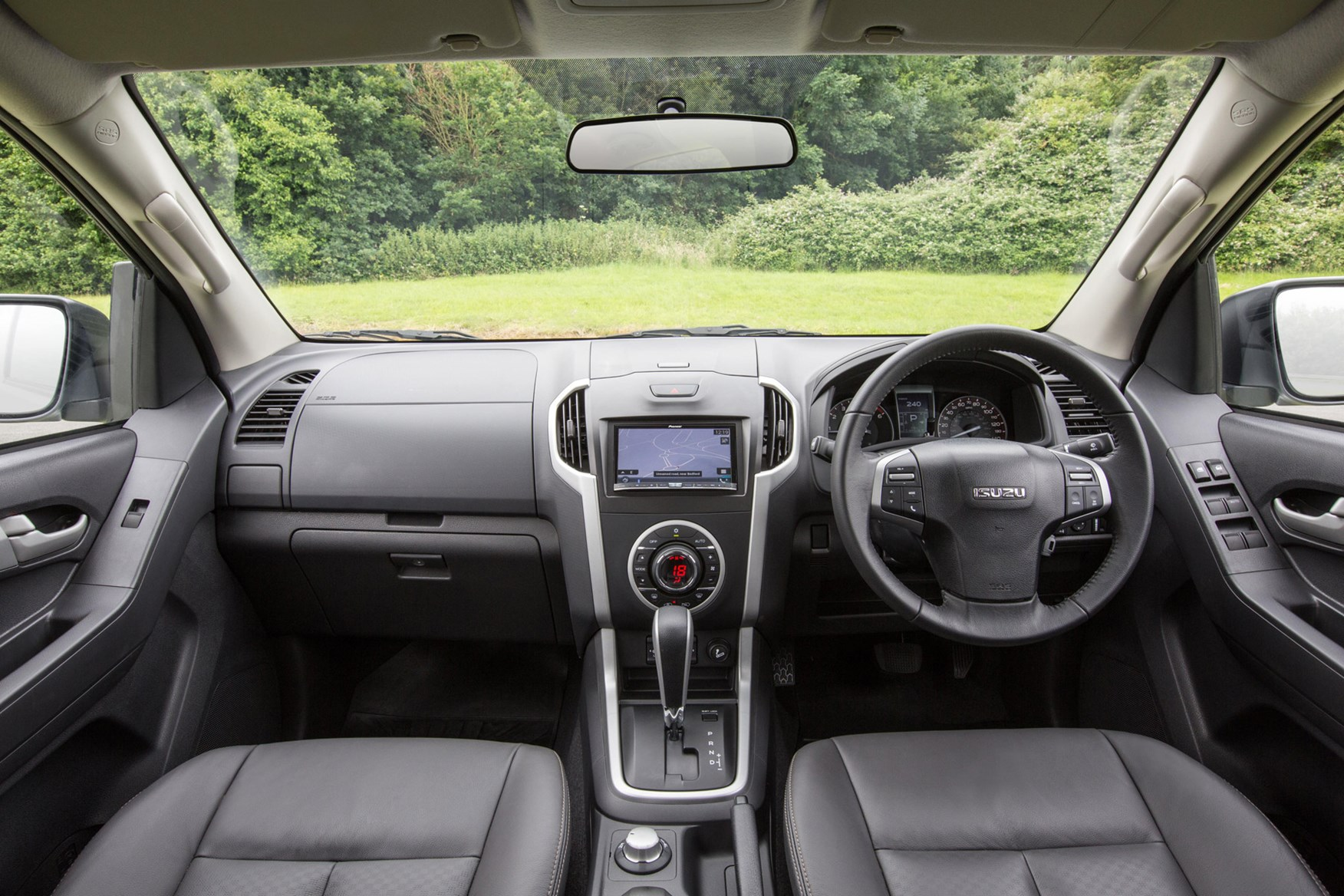 Isuzu D-Max full review on Parkers Vans - cabin interior