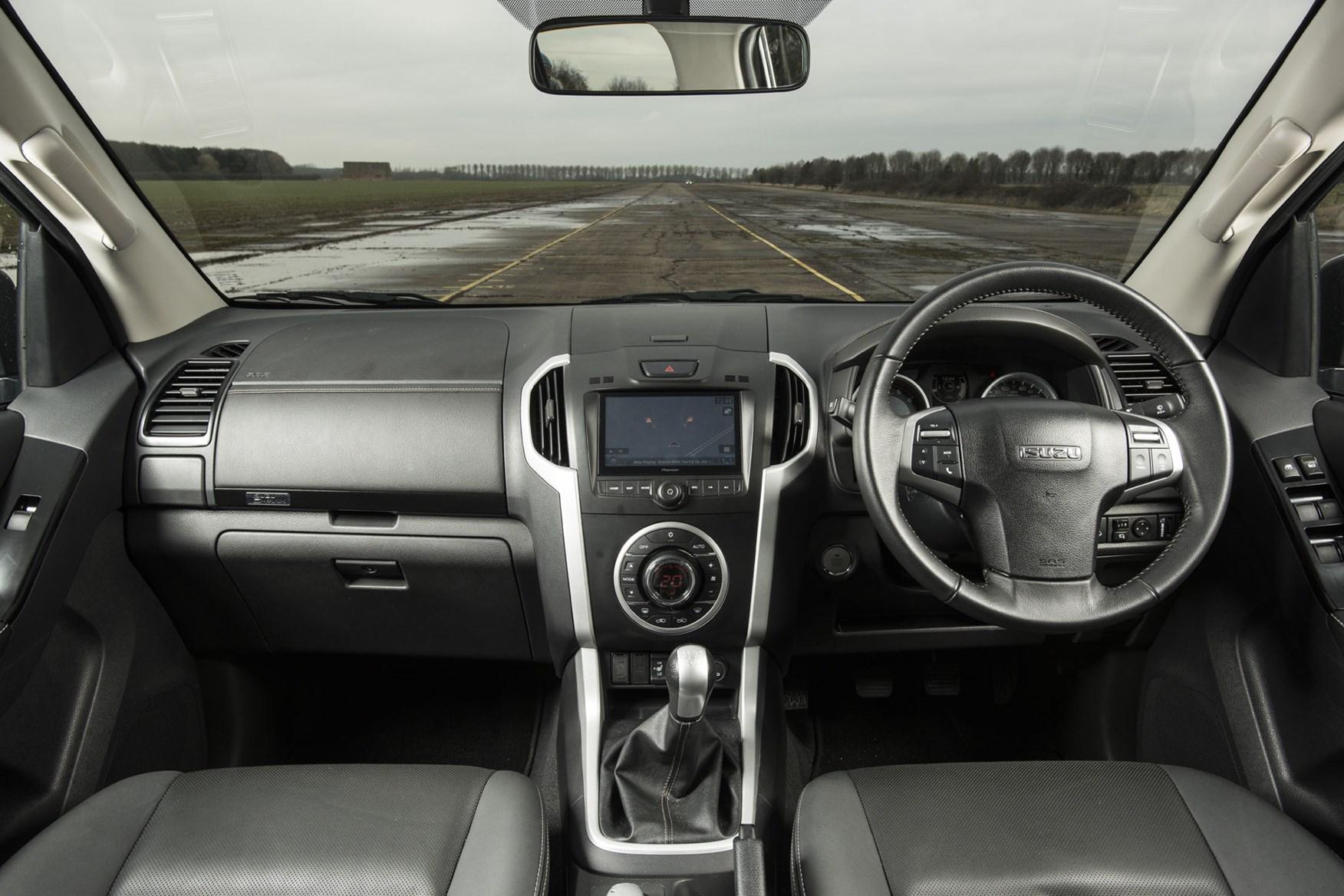 Isuzu D-Max V-Cross review - cab interior