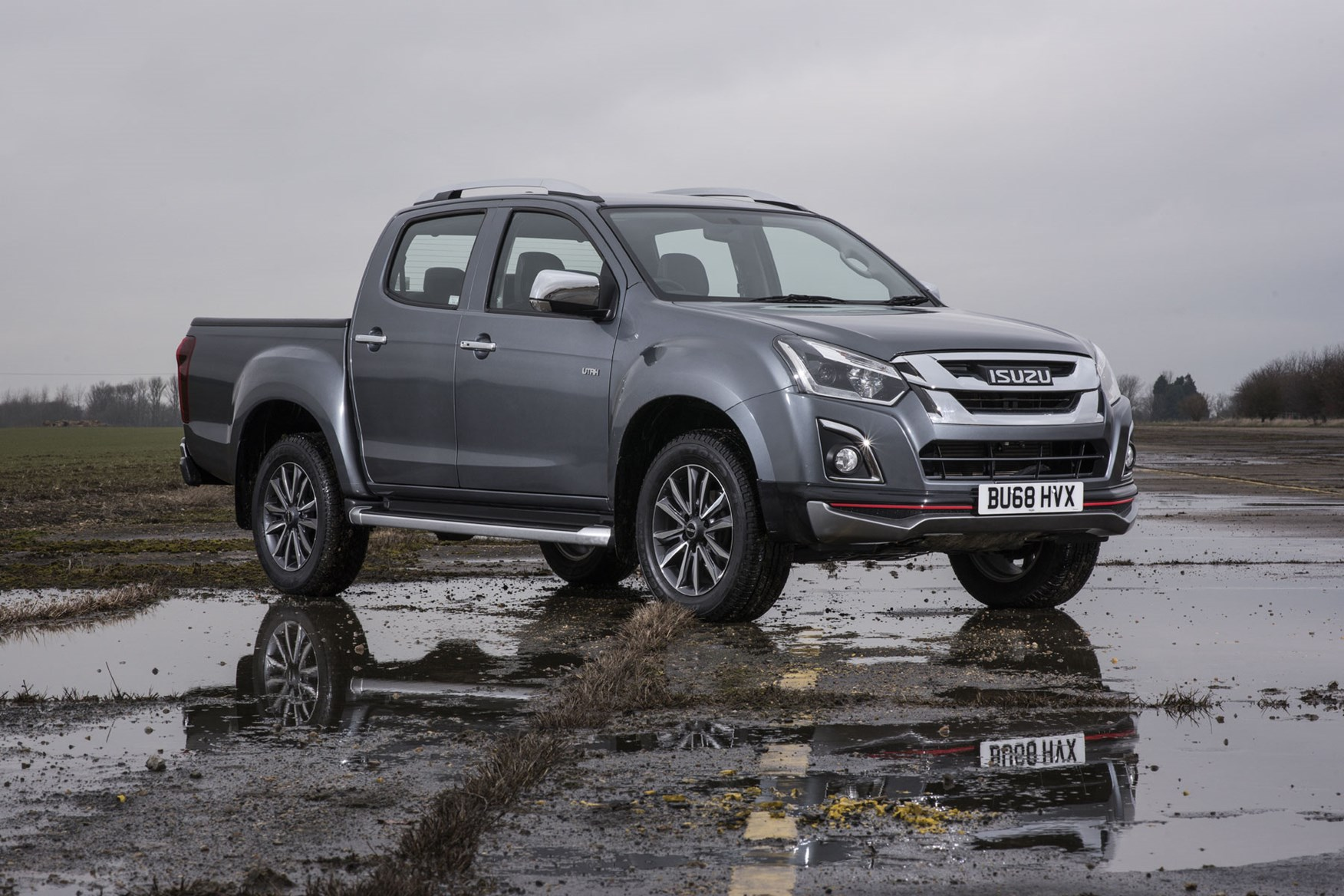 Isuzu D-Max V-Cross review - front view with front skirt, grey