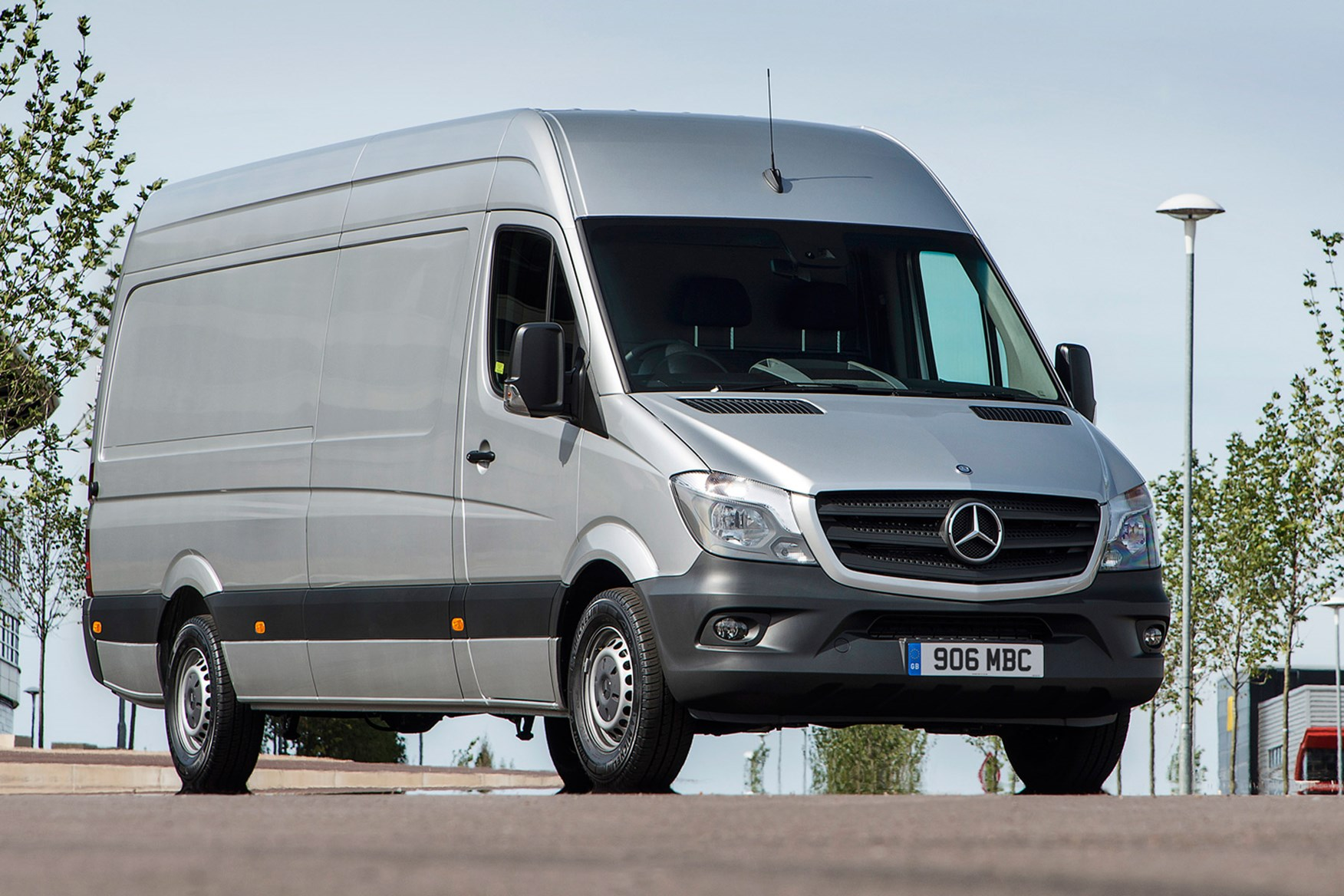 Mercedes-Benz Sprinter full review on Parkers Vans - exterior
