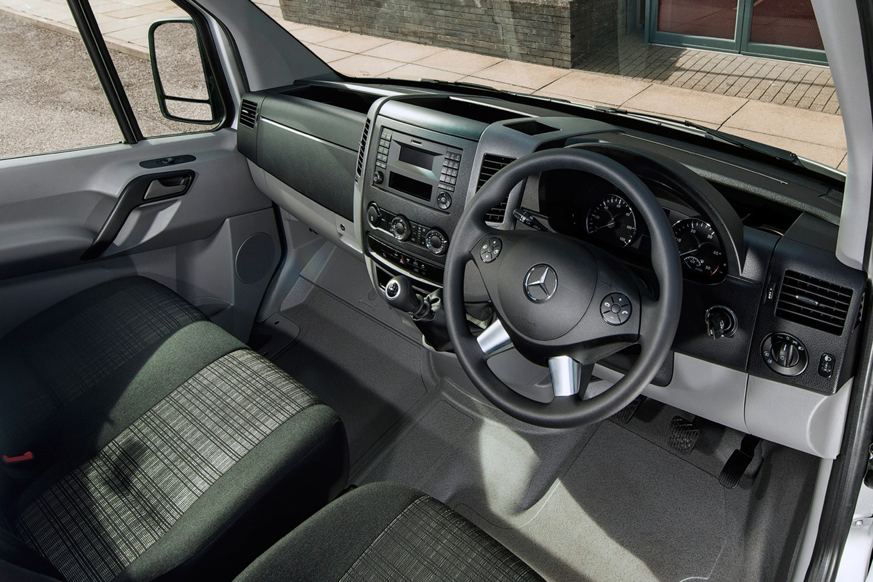 Mercedes-Benz Sprinter full review on Parkers Vans - cabin
