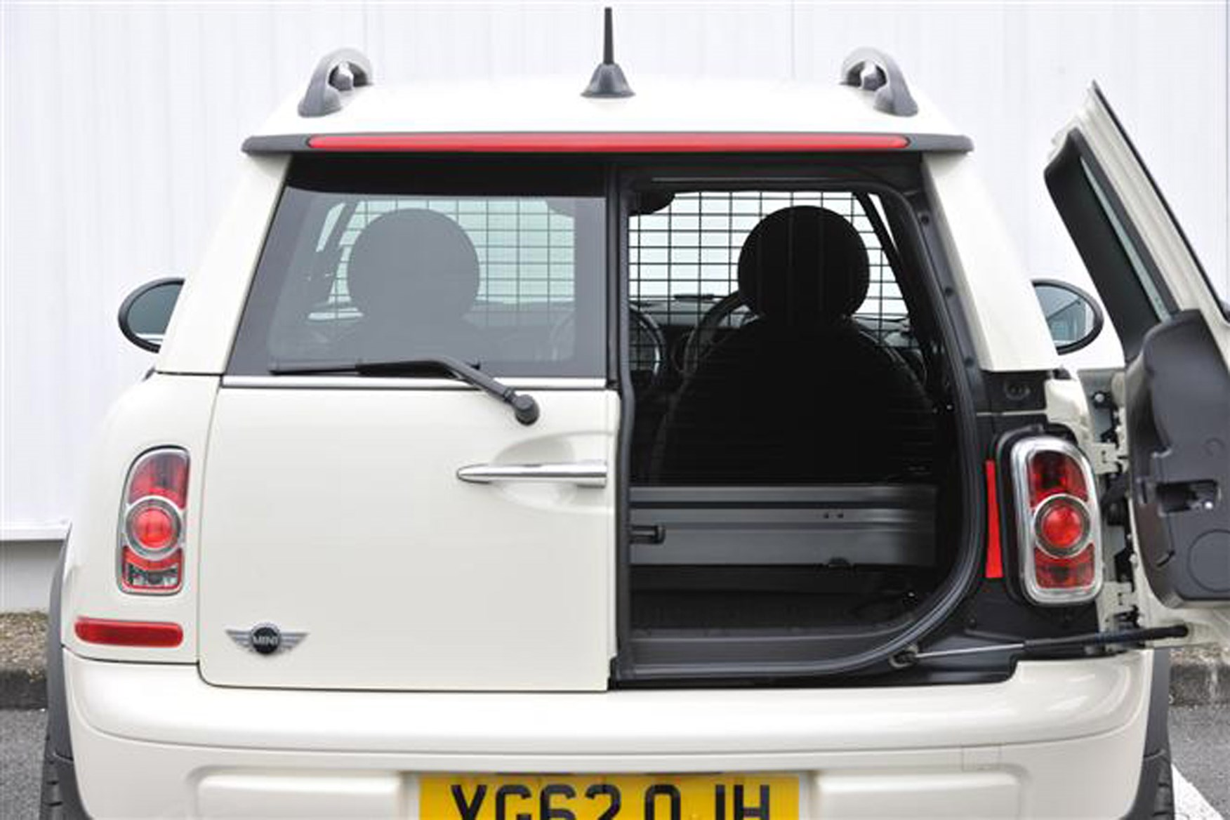 Mini Clubvan Van Review 2012 2014 Parkers