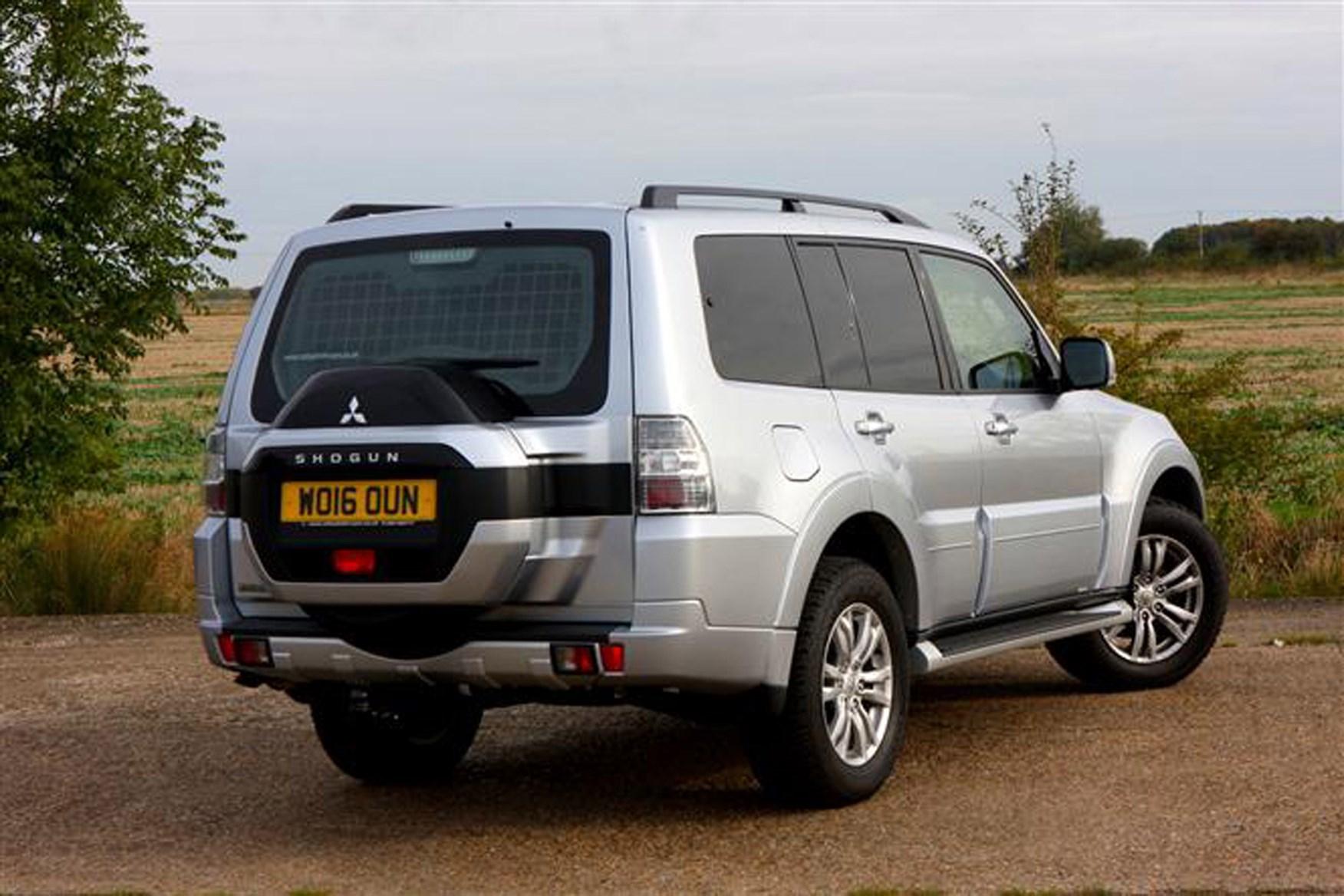 Mitsubishi Shogun review on Parkers Vans - rear exterior