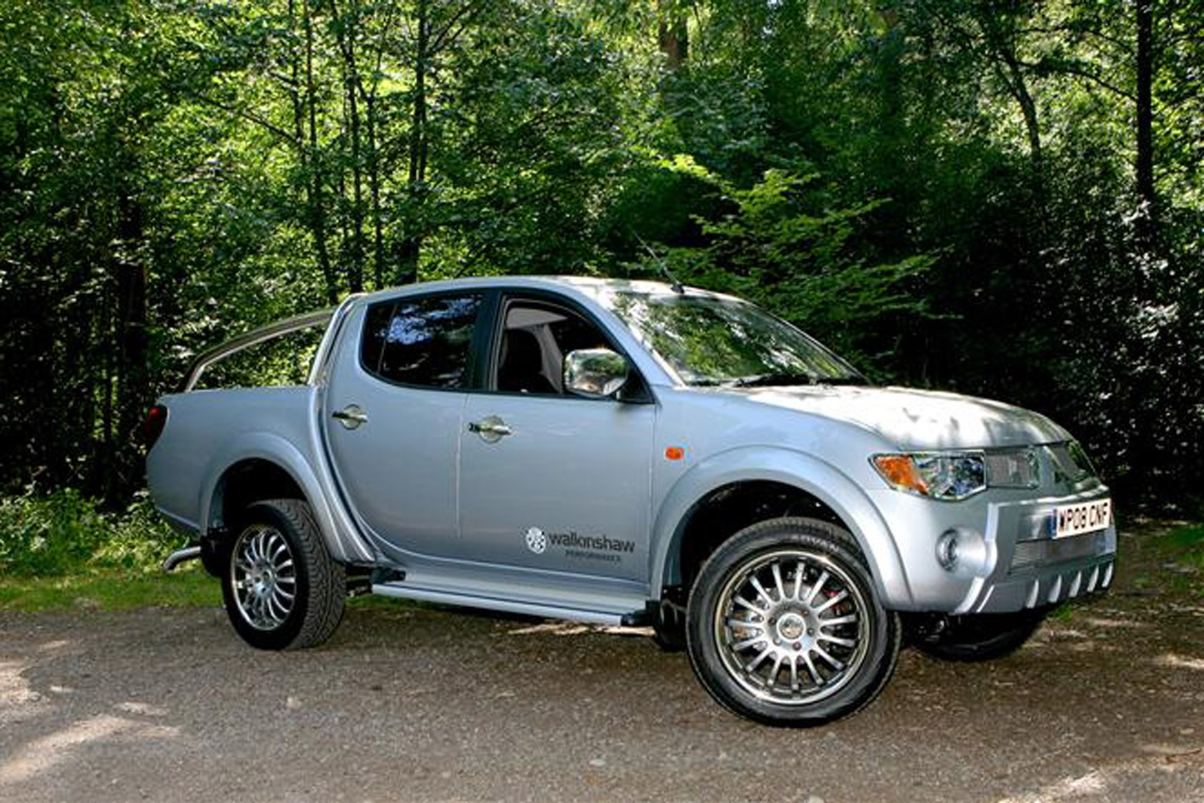 Mitsubishi L200 Pickup Review 2006 2015 Parkers Eclipse Efficiency And Velocity Best Auto Insurance On Vans Exterior