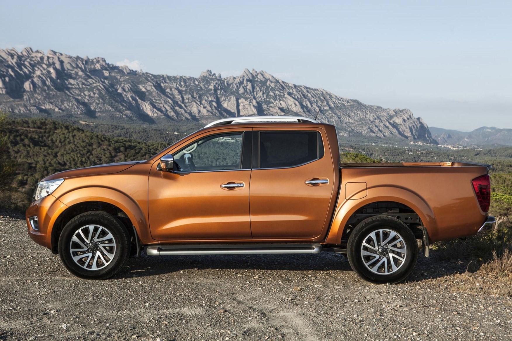 Nissan Navara review - side view, orange