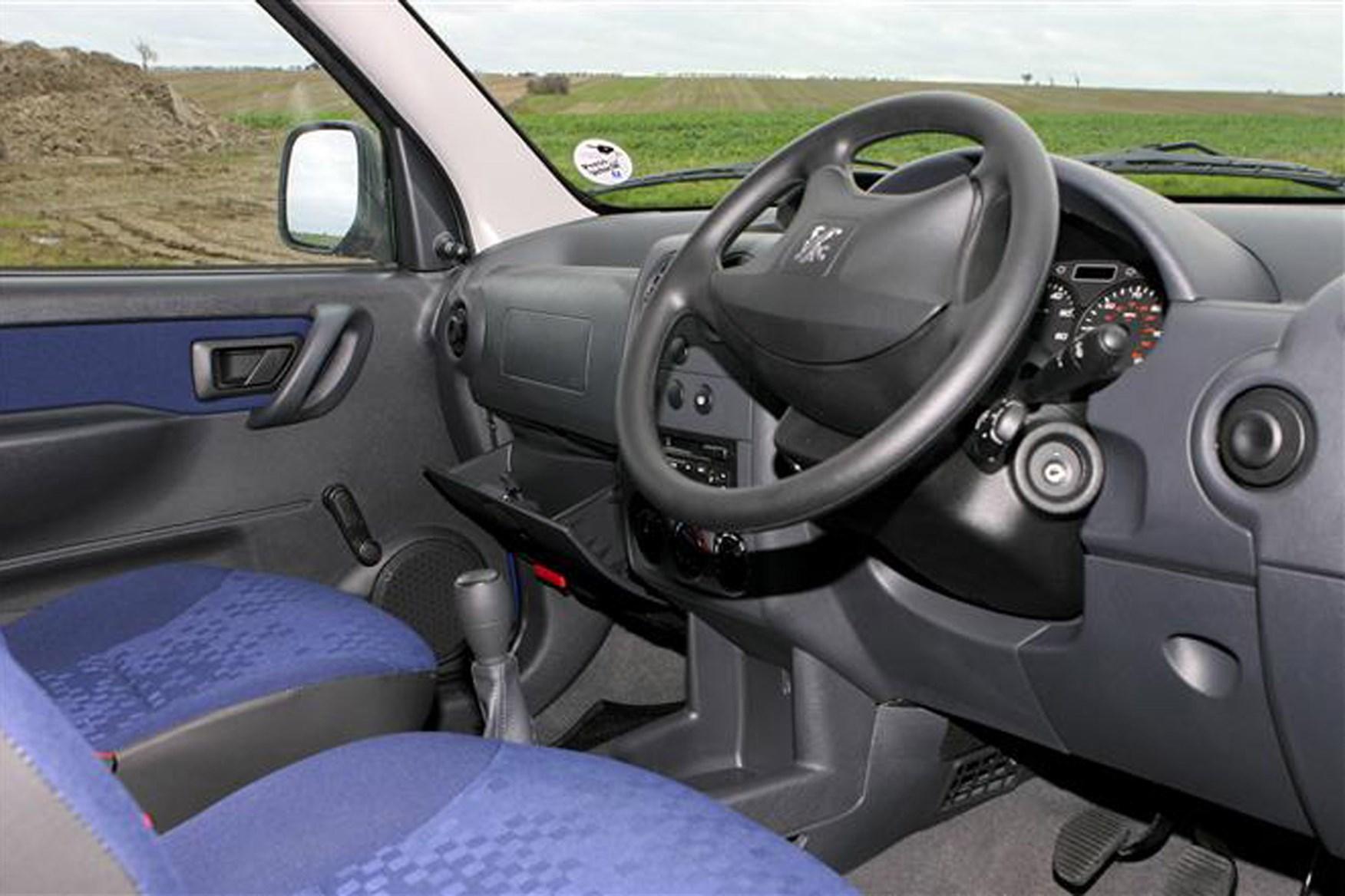 Peugeot Partner van review (2002-2010) | Parkers