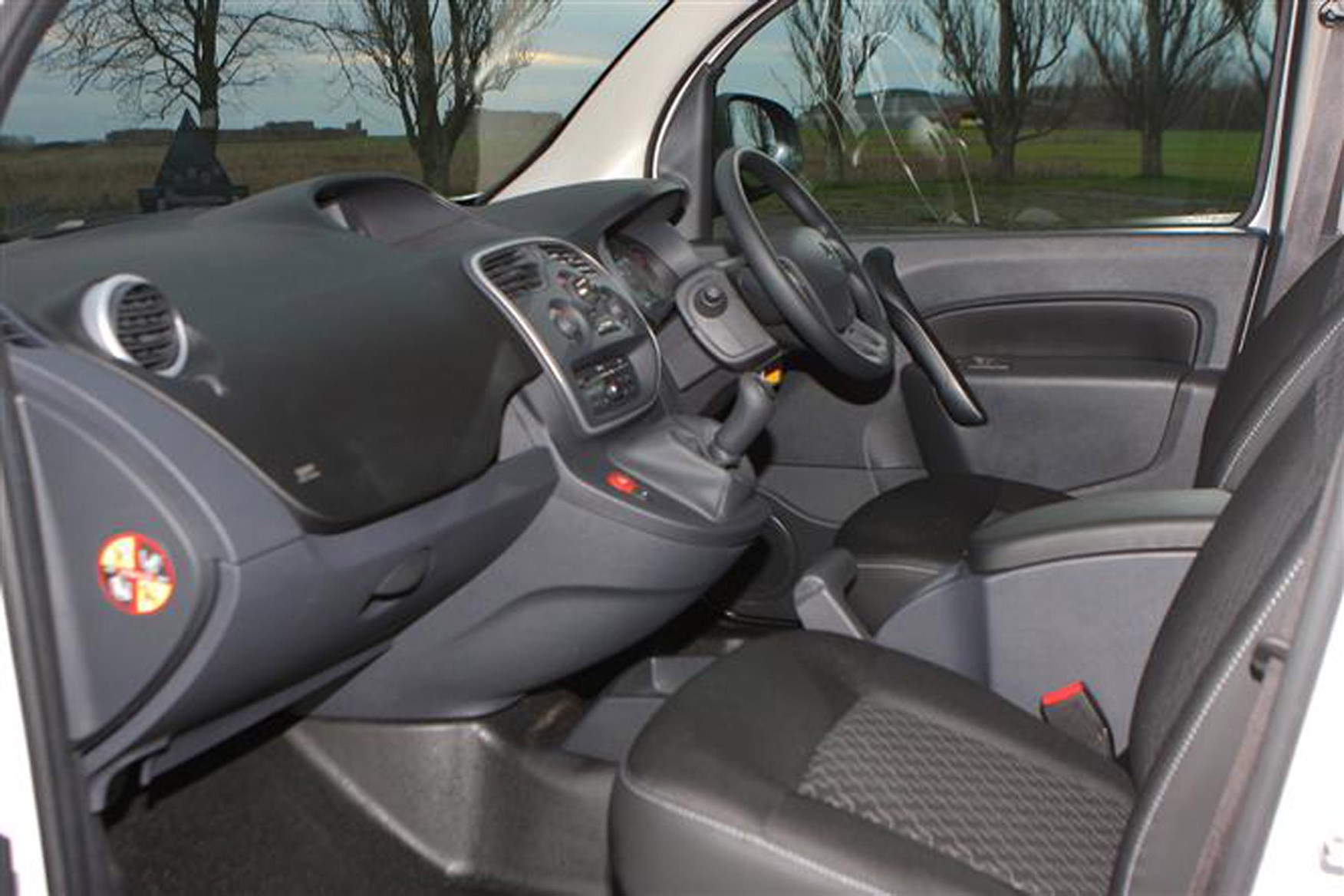 Renault Kangoo full review on Parkers Vans - interior