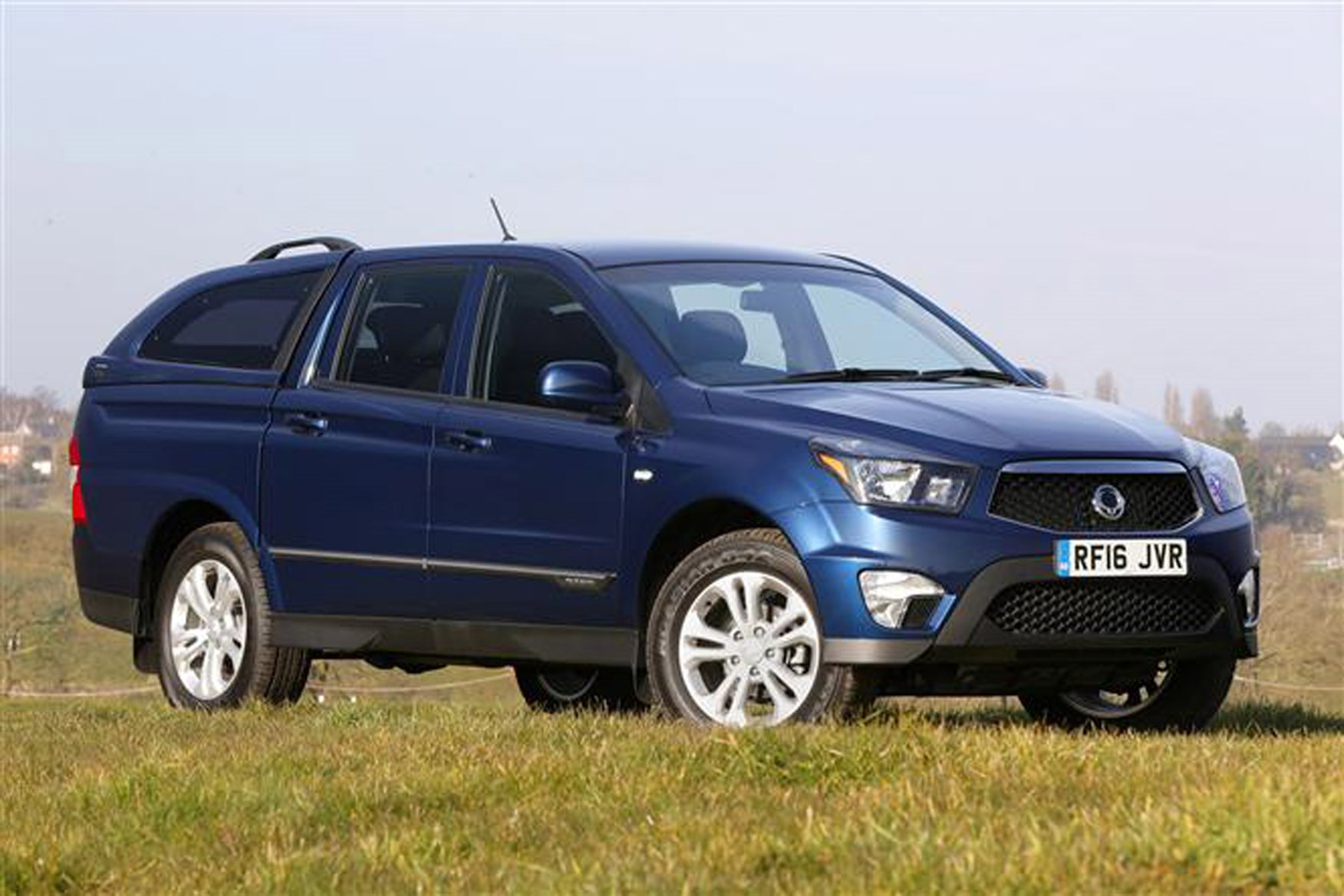 SsangYong Korando Sports review on Parkers Vans - side exterior