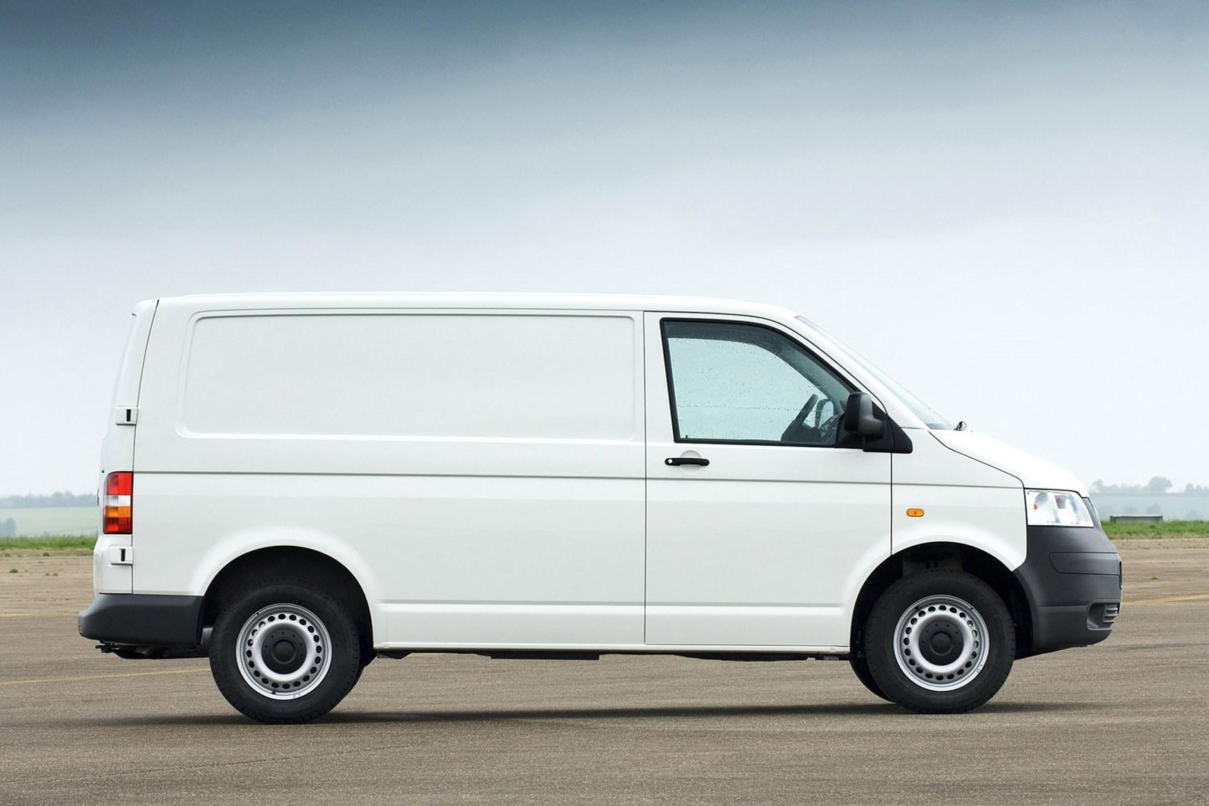 Volkswagen Transporter van review (2003-2009) | Parkers