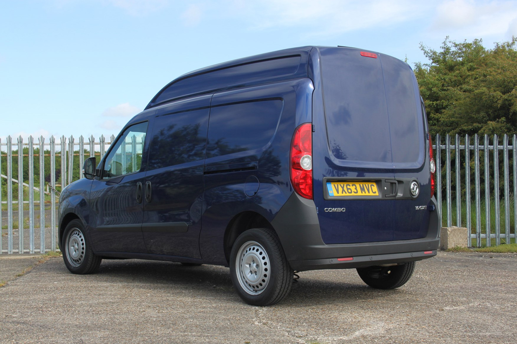 Vauxhall Combo full review on Parkers Vans - rear exterior