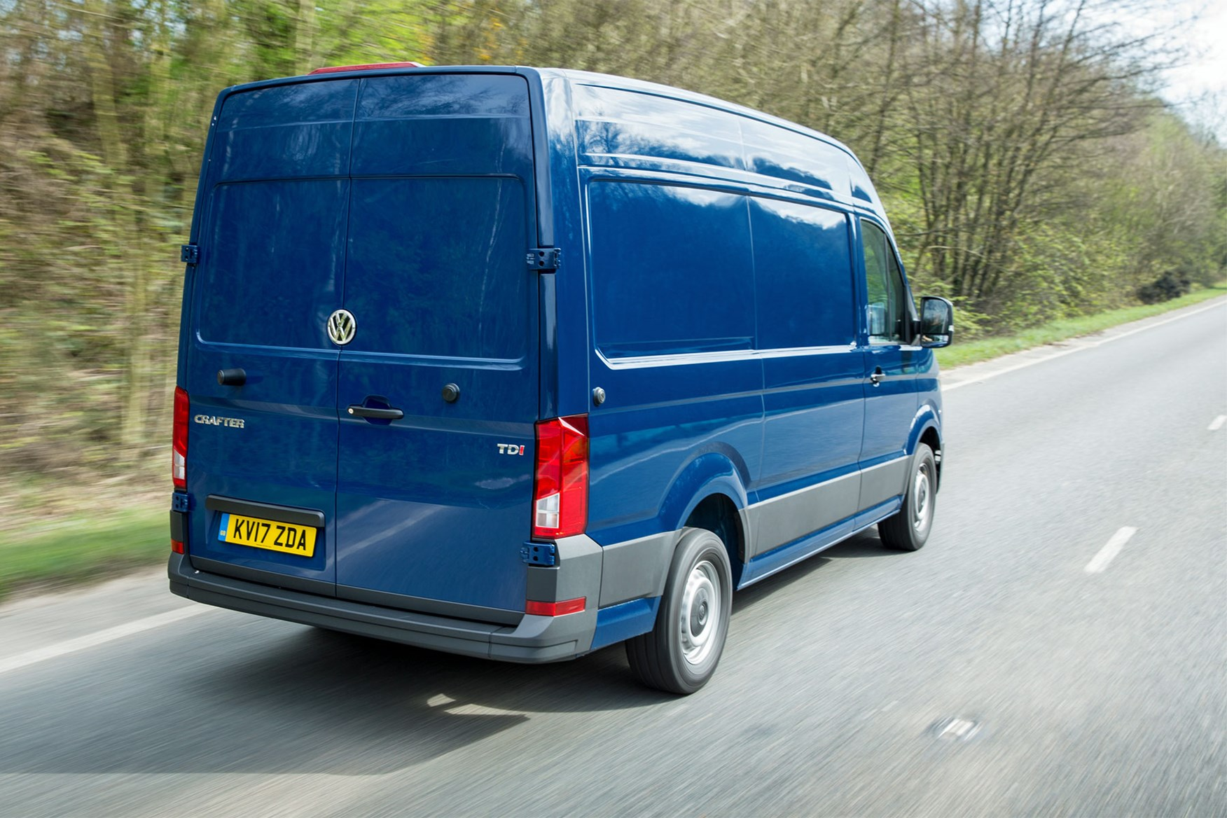 vw crafter (2017-on) driving rear view